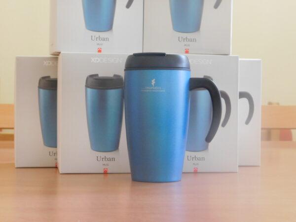 Mug thermos bleu