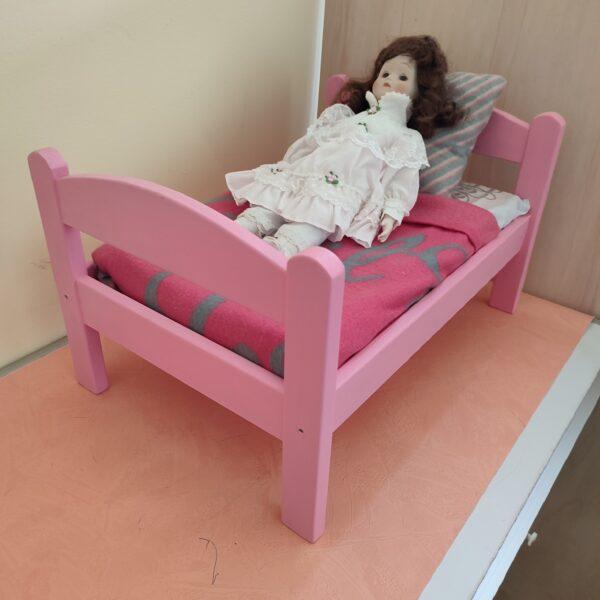 Mini lit rose pour poupée